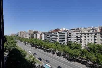 Bâtiment à vendre à Barcelone, pour une utilisation possible comme un complexe d'hôtel